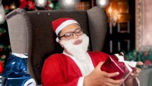 Berbagi Kado Kebahagian Natal & Tahun Baru